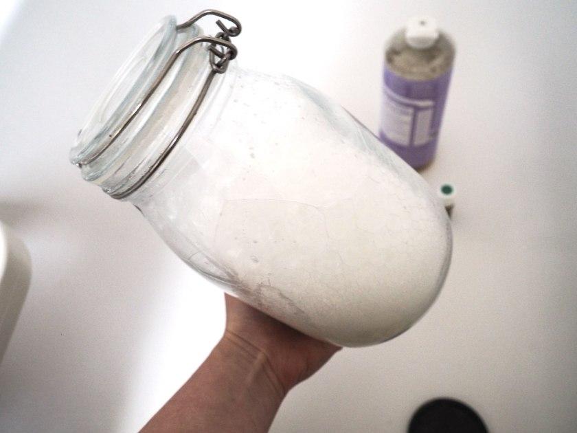 Shake-the-jar!